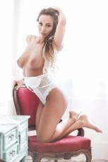 Klaudia showed off her amazing body in a tight white bodysuit.